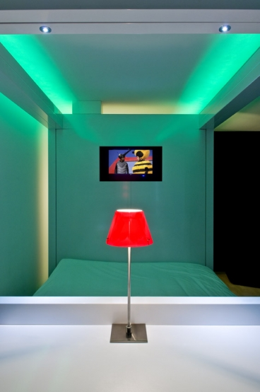 6091_0_egqy_qbic_hotel_amsterdam_wtc_-_cubi_work__dine_1_big