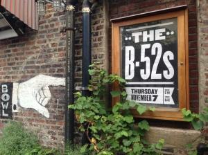 E a icônica banda B-52s se apresenta no Brooklyn Bowl no dia 7 de novembro!