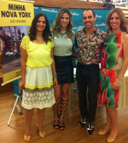 Fernanda Ávila, Vicente Frare e Patricia Papp, da Editora Pulp, com Didi Wagner.